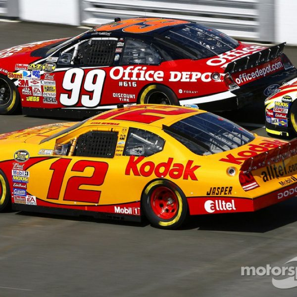 nascar-cup-talladega-2007-carl-edwards-and-ryan-newman