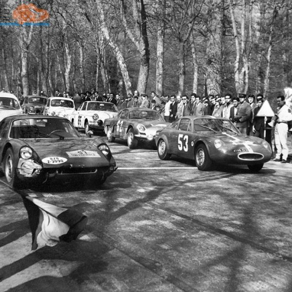 zoom_1358205345_fiat_abarth_1965race3